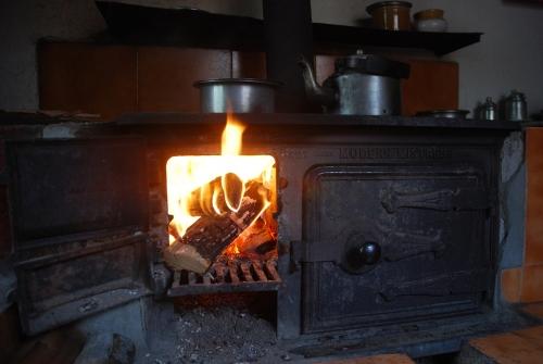 Modern Mistress Cast Iron wood burning stove