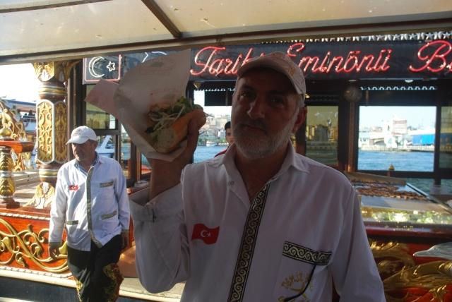 Balek Ekmek - fish sandwich
