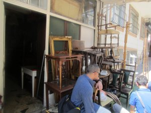 Asian side antique shops